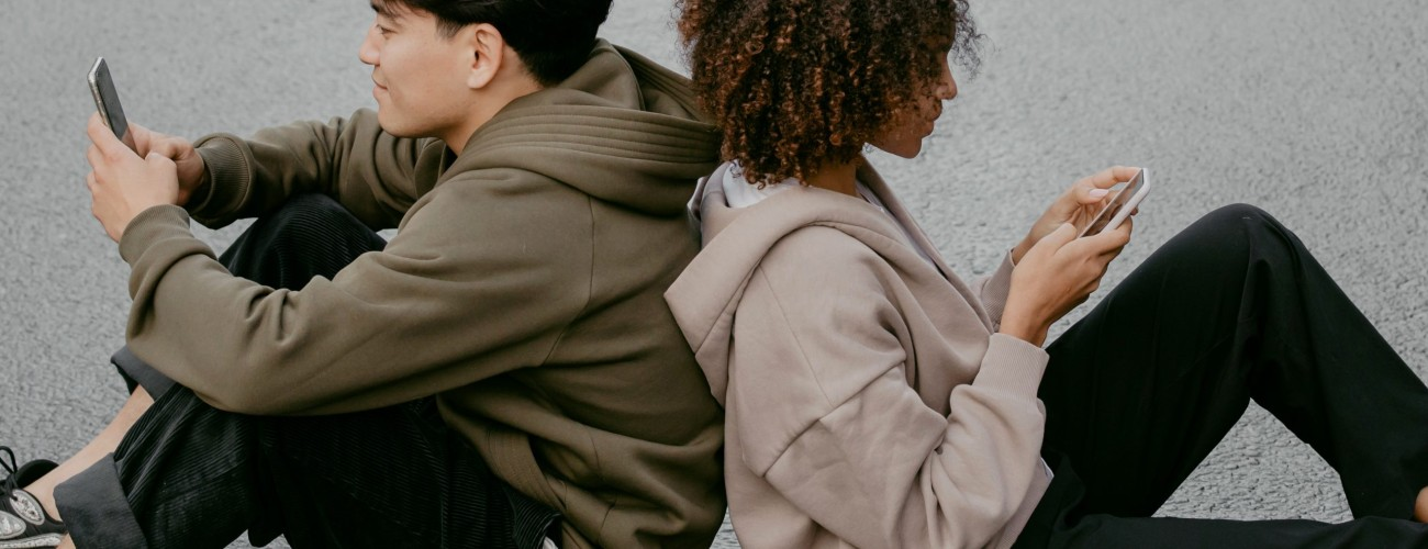 Everything You Need To Know About The 5 Love Languages And How To Practice Them